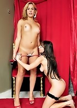 Alexia Freire Having Footsex With GG Patricia