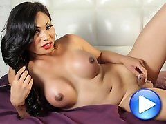 Annalise Rose is a bubbly and vivacious girl with a great personality, beautiful face, who also just happens to be sexy as all hell and a complete hor